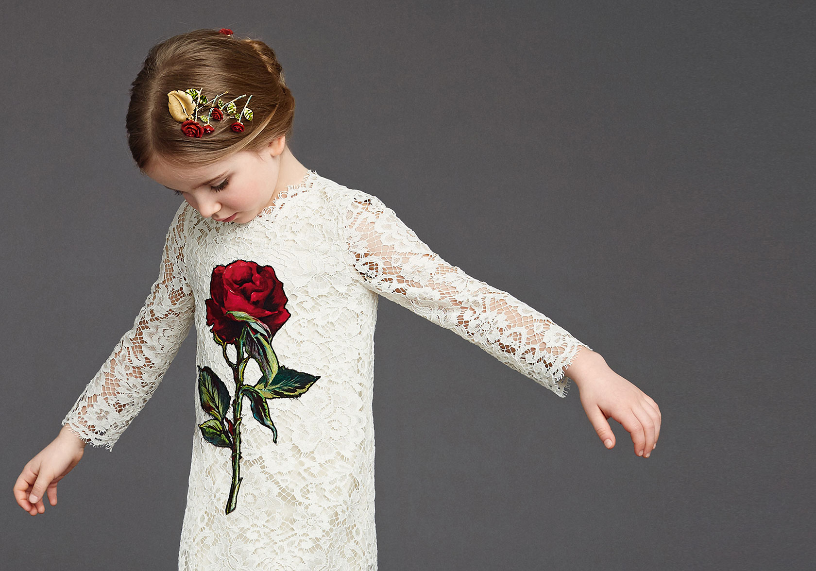 dolce-and-gabbana-winter-2016-child-collection-40-zoom