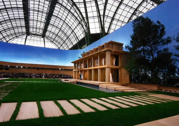 Chanel-couture-panoramique-P1020279-620x437(1)